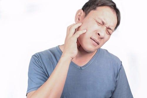 Swollen Jaw | Jaw Swelling | Inglewood Family Dental | Dentist in Calgary